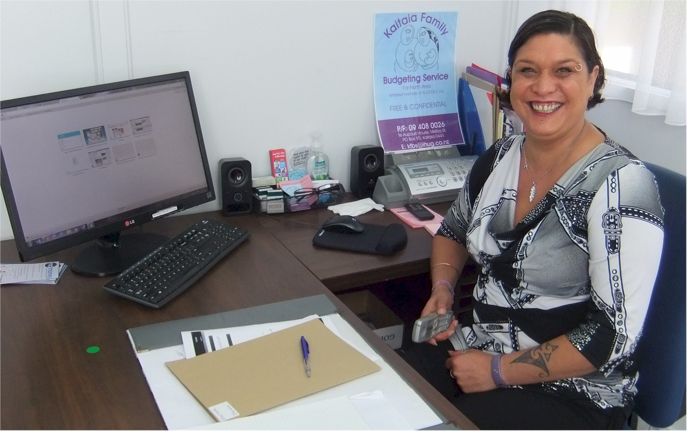 Budgeting Services? No problem! Tania in her office doing the job she loves! She can now enjoy a Christmas without stress and so can her clients thanks to her budgeting skills.